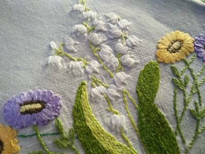 Exquisite LILY-OF-THE-VALLEY & Florals ~ Vintage Raised Lge Hand Emb Centre/mat