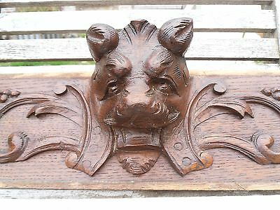 French antiquity: beautiful pediment in solid oak with lion head and bird 19 th