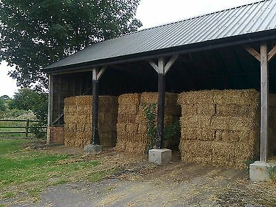 2017 Barley straw bales CHEAPER IF YOU CAN COLLECT OFF FIELD. Can deliver.