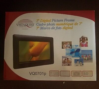 VISTAQUEST DIGITAL PICTURE FRAME 7 INCH  VQ0701p - NEW