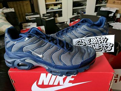 on sale 59cef 52e78 NIKE AIR MAX Plus TN Tuned 1 Midnight Navy Dark Grey Black White 852630-012