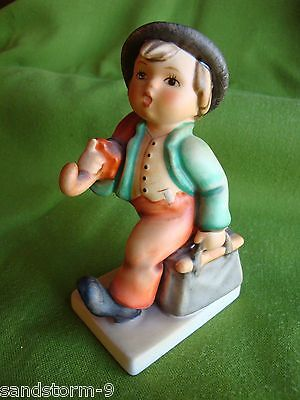 Goebel Hummel Figurine MERRY WANDERER #11/0 - TMK6 - West Germany 4.75""