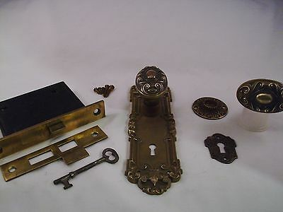 Antique Cast Bronze Oval Door Knob Set Yale & Towne Mortise Lock & Key   #668