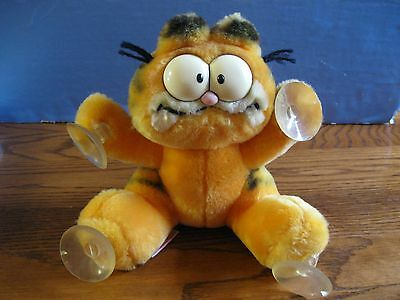 "Vintage Garfield The Attack Cat Hang On. With Adjustable Head. Approx. 8"" Tall."