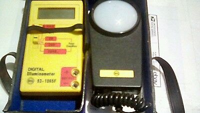 3 Range Digital Illuminometer Light Meter
