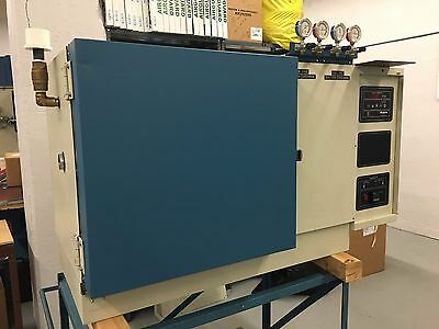 Tenney BTC Benchmaster Environmental Test Chamber