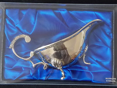 Silver Plated Sauce Or Gravy Boat - Plated In England