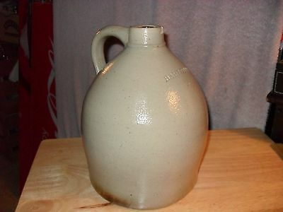 Antique Hart Bro's Stoneware Finger Crock