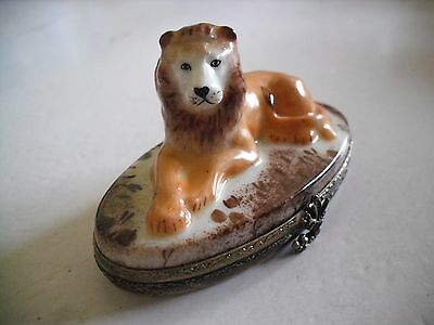 Peint Main Limoges Leo the Lion Trinket Box
