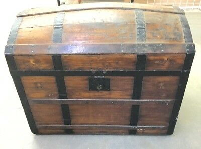 Estate ~ Antique Refinished Trunk DOME TOP TRUNK (fabric lined)