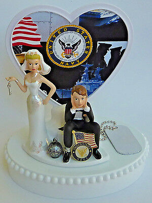 S066 Mr /& Mrs with heart wedding cake topper by Chicago Factory-