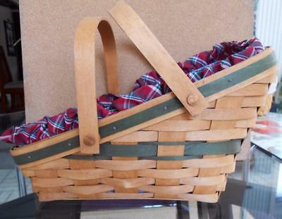 Longaberger Yuletide traditions Christmas Green Basket 1991 w/ liner and insert