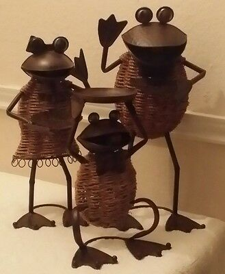 Frog Family Copper Metal Garden Sculpture Statue Rope Clothing Bird Feeders 3 pc