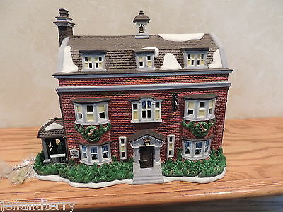 Department 56 - Dickens' Village - Gad's Hill Place - 56.57535 - Limited to 1997