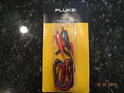 Brand New in Package Fluke TL28 2-Way Clip Test Lead Set, 5FT