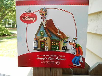 DEPT 56 DISNEY VILLAGE GOOFY'S GAS STATION *Excellent Store Display*
