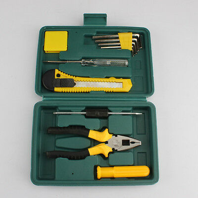 12 sets of car manufacturers with the emergency tool bus carrying