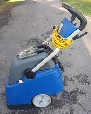 Windsor Clipper Duo Carpet Cleaner Extractor Very Nice Half The Cost Of Others