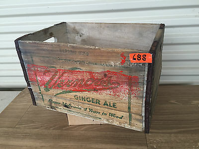 Vernor's Ginger Ale Soda Crate 50's 60's Wooden Pop Detroit Michigan