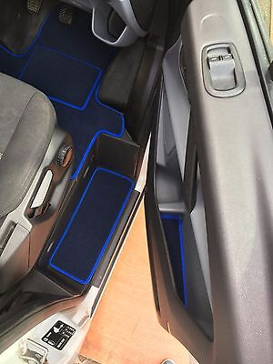 New Ford Transit Custom Cab Mats Inc Steps,door Pockets + Fixings Pre 18 Plate