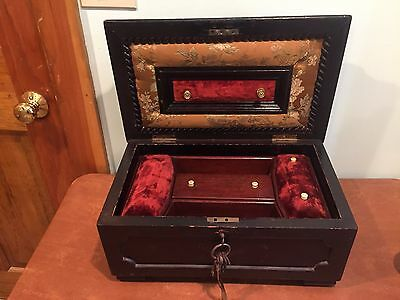 Large Antique Wooden Decorative Jewelry Presentation Box