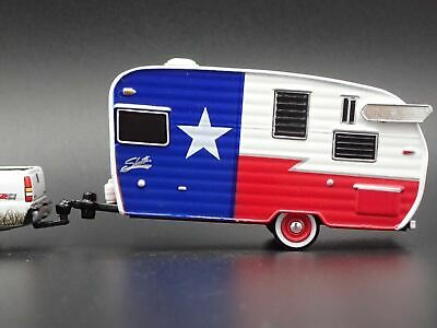SHASTA 15' AIRFLYTE Camper Trailer Rare 1:64 Collectible Diorama Diecast  Model