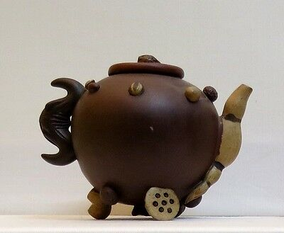 Antique Yixing Teapot with applied seeds - 19th Sentury