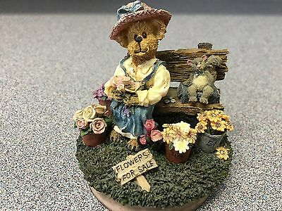 Boyds Bears Candle Jas Topper; Flower For Sale, Bench, squirl, Potted Flowers