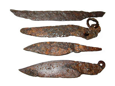 LOT OF 4pcs. ANCIENT ROMAN IRON KNIVES, WELL PRESERVED+++