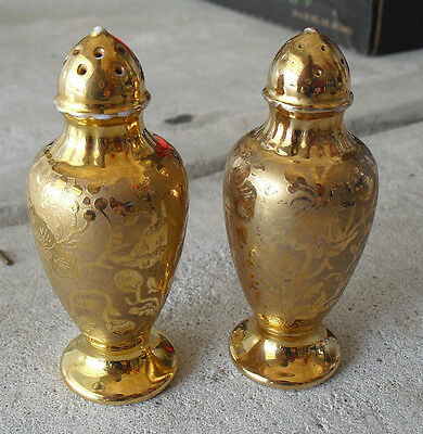 """Antique Stouffer Japan Gold Salt and Pepper Shakers 4"""" Tall"""