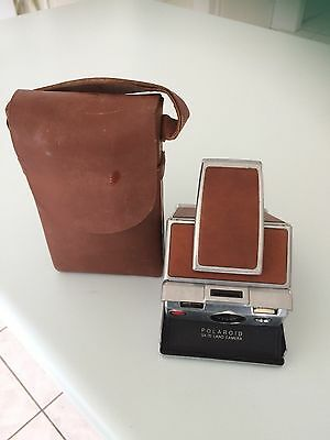 Polaroid SX-70 Model 1 Instant Land Camera