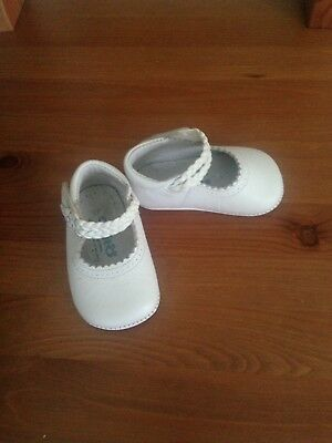 Spanish Leather Baby Shoes Size 17 0-6mths