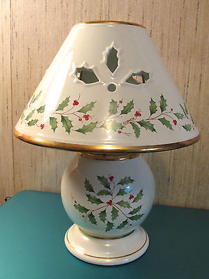 """Lenox Fine Ivory  China """"holiday"""" Candle Lamp W/24 Kt Gold Trim 10"""" Tall"""