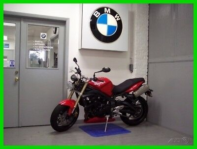 Triumph Street  2010 Triumph Street Triple Red Low Miles Great Condition Triumph