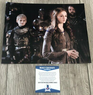 SOPHIE TURNER SIGNED AUTOGRAPH GAME OF THRONES SANSA STARK 8x10 PHOTO A w/PROOF