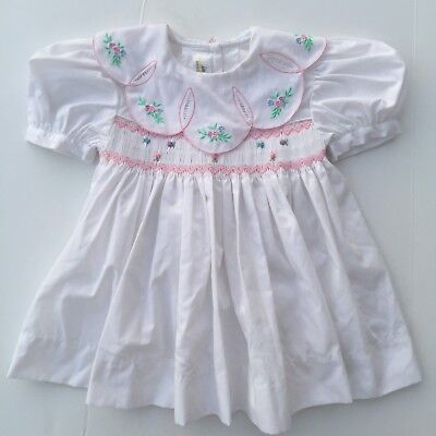 BEAUTIFUL White With Smocking Baby Toddler Girl Dress Vintage Size 18 Months