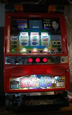 PACHISLO SAMMY SLOT MACHINE with Tokens