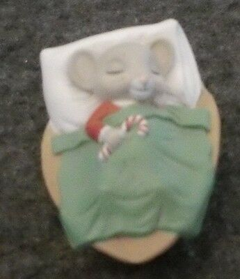 Hallmark Merry Minature 1986 Sleeping Christmas Mouse In A Walnut