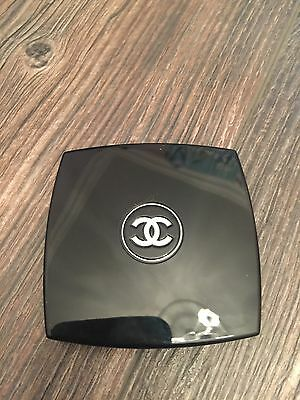 Chanel. Blush 03 d'or