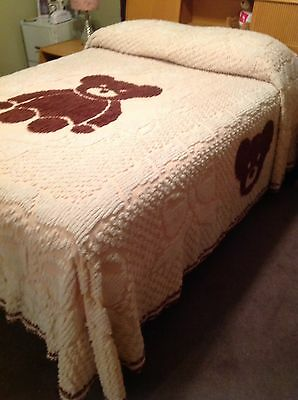 Vintage Chenille Full/Double Bedspread with Teddy Bears & Bows with Tag--Rare!