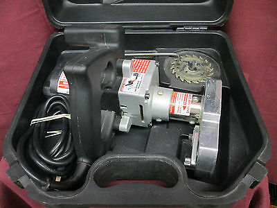 CRAIN 795 Type 3 Toe-Kick Saw with Case