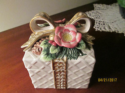 Fitz & Floyd Floral Porcelain Trinket Box Pine Holly Bells Floral 1996  -Holiday