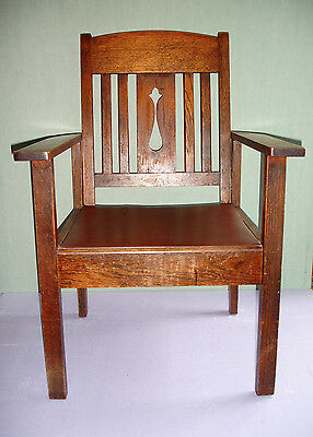 4 pieces Vintage Mission Oak furniture 2 chairs, desk and tri-fold divider