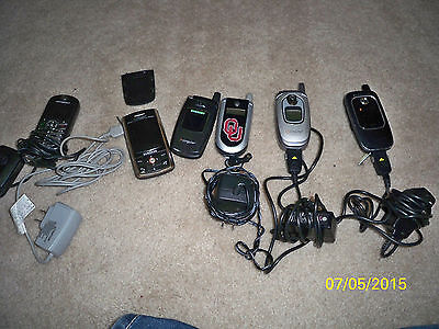 Lot of 6 US Cellular untested parts or repair Old Cell phones with some chargers