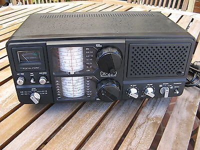 Realistic Dx200  5-Band Communications Receiver