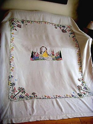 Vintage Large Hand Embroidered Tablecloth Bedspread Crinoline Lady Super Quality