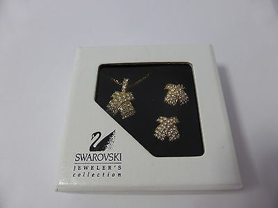 Swarovski Silver Crystal Signed Set Necklace And Pierced Earrings Set New Boxed