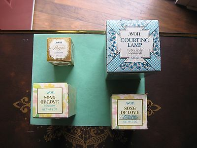 4 Avon (Song Of Love) 1 Moon Wind 1 Charisma Cologne Mist 74 + Lamp + Royale