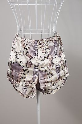 """Size S """"Peter Alexander"""" Funky Ladies Satin Pajama Shorts - Great Condition!"""