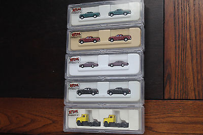 N Scale Lot Of 5 Ford Trucks And Cars , By Atlas
